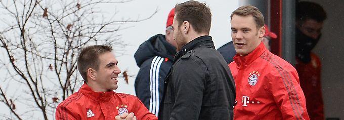 Auch mit Philipp Lahm gab es einen Handshake.