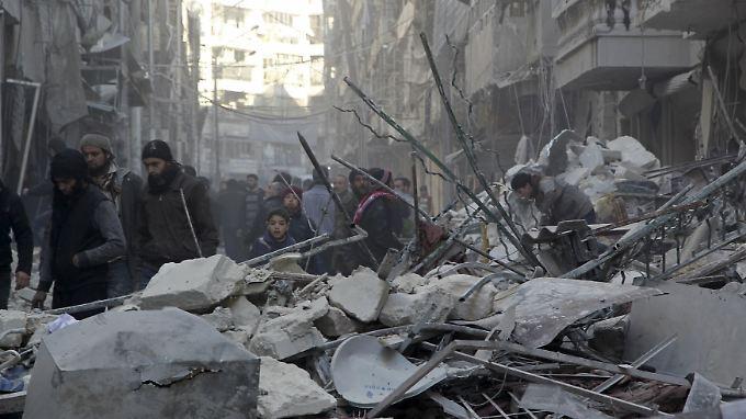 Das Zentrum von Aleppo wird seit Tagen immer wieder von Luftschlägen der syrischen Armee und Russlands erschüttert.