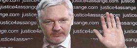 Assange äußerte sich per Video aus der ecuardorianischen Botschaft zum UN-Gutachten.