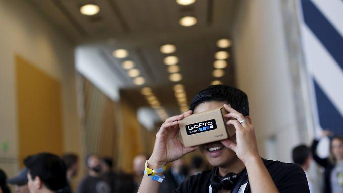 """Google soll eine neue Version der """"Cardboard""""-Brille planen - aber diesmal nichts aus Pappe."""