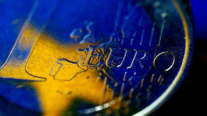 Nicht nur die Europäische Zentralbank drückt ihre Zinsen ins Minus.