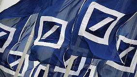 Beruhigungspille nach Kurssturz: Deutsche Bank buhlt um Vertrauen