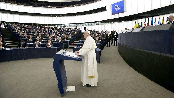 Auslöser des Anrufs, so er denn stattgefunden hat: Franziskus' Rede vor dem EU-Parlament.