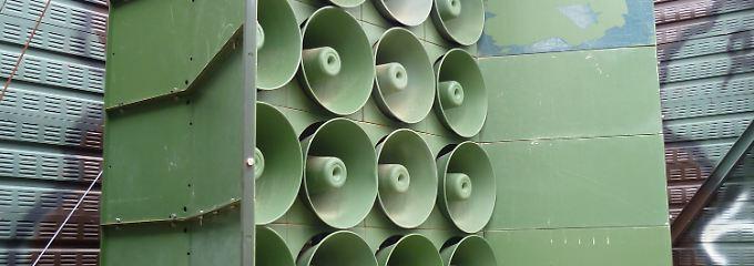Riesige Lautsprecherboxen sollen die südkoreanische Propaganda bis weit ins Nachbarland tragen.
