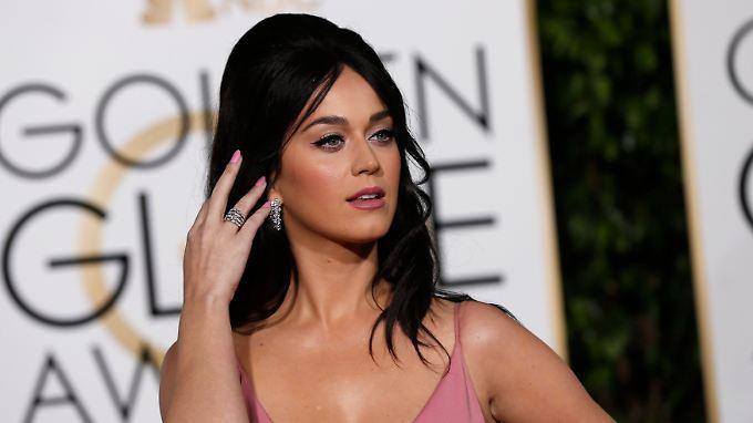 Zu den Golden Globes erschien Katy Perry noch alleine auf dem roten Teppich.