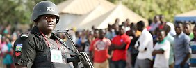 65 Menschen sterben in Nigeria: Frauen zünden Sprengsatz in Flüchtlingslager
