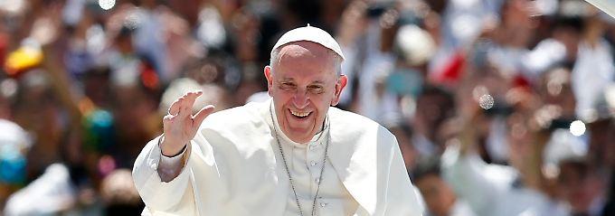 Papst Franziskus bei seinem Besuch in Mass at San Cristobal de las Casas, wo er die bewegende Rede hielt.