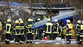 Verdacht auf fahrlässige Tötung: Fahrdienstleiter verursachte Zugunglück in Bad Aibling