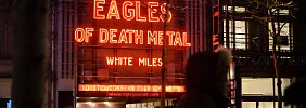 Eagles of Death Metal in Paris: Sänger Hughes fordert Waffen für alle