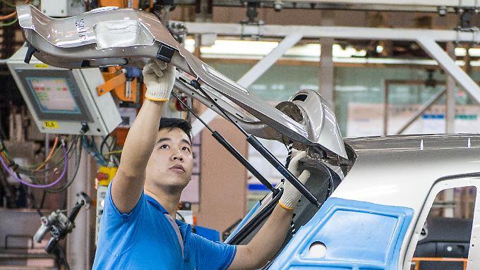 Gasfedern, Dämpfer und Elektromotoren für Türen und automatische Heckklappen: Stabilus beliefert Kunden in aller Welt.