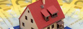 Wenn es finanziell eng wird: Staatlicher Zuschuss für die eigene Immobilie?