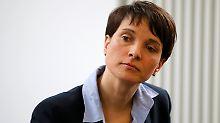 """Petry dementiert eigene Aussage: """"In Clausnitz protestierten doch keine AfDler"""""""