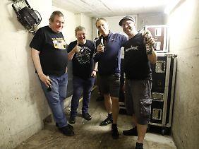 Als Band gibt es Die Kassierer seit 1985.