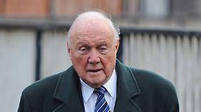 Stuart Hall büßte eine Haftstrafe ab.