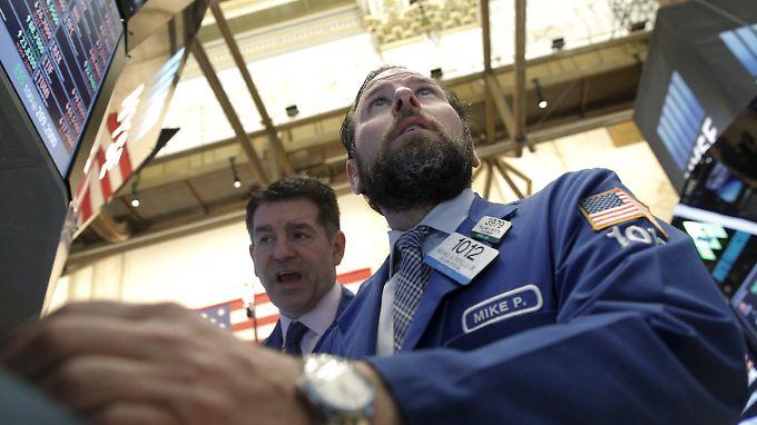 Im Bann der Rohstoffe: Mit dem steigenden Ölpreis geht es an der Wall Street wieder nach oben.