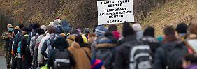 Dichte Grenzen auf Balkanroute: Slowenien legt Obergrenze fest