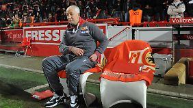Trainer Sascha Lewandowski fehlte krankheitsbedingt auf der Bank von Union.