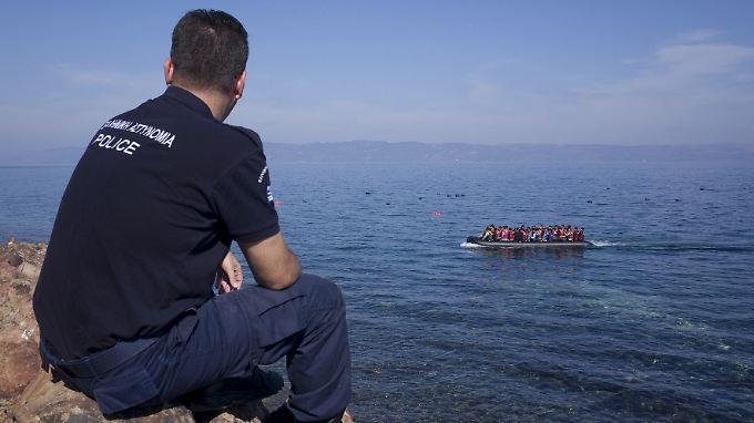 Zurückweisen dürfen griechischen Grenzschützer nur regulär Reisende ohne Papiere.