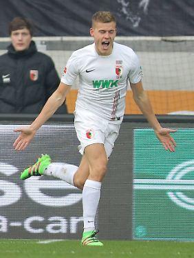 Neuzugang Alfred Finnbogason erzielte sein erstes Tor für Augsburg.