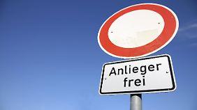 Bei diesem Schild gilt das Durchfahrtsverbot auch für Fahrräder.