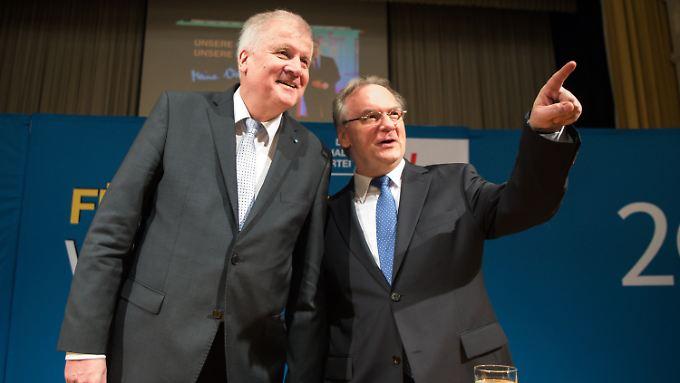 Horst Seehofer und Reiner Haseloff lassen das O-Wort dieses Mal nicht fallen.