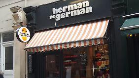 """Ein Restaurant von """"Herman ze German""""."""