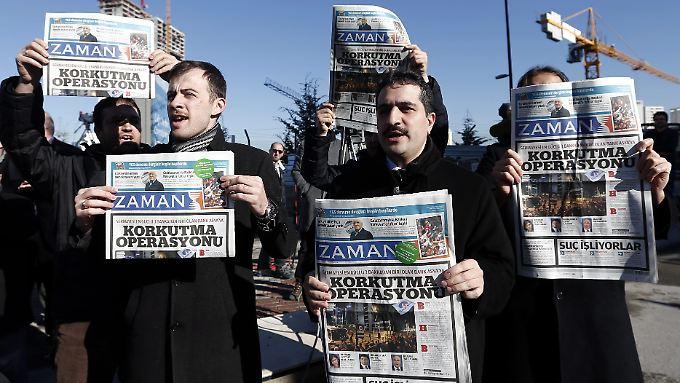 """""""Zaman"""" war mit einer Auflage von 850.000 auflagnstärkste Zeitung in der Türkei (Stand März)."""
