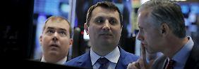 Auf-, Absteiger und ein Bericht: Anleger wollen, können aber noch nicht