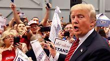 Donald Trump nach einem Wahlkampfauftritt in New Orleans - in Louisiana stimmen die Republikaner am Samstag über ihren Kandidaten ab.