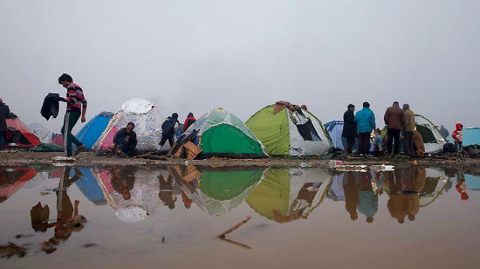 Verzweiflung in Idomeni: Unwetter verschlimmert Lage der Flüchtlinge