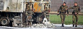 Verdacht auf Brandstiftung: Feuer zerstört Bundeswehr-Lkw