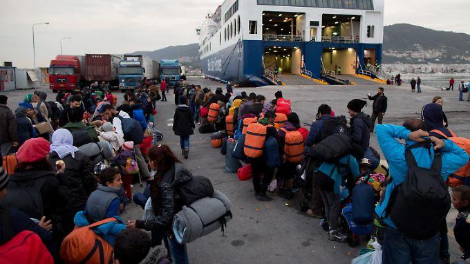 Auf den griechischen Inseln wie Lesbos kommen nach wie vor täglich Hunderte Flüchtlinge an.