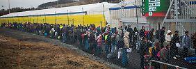 Mitte Februar warteten am Grenzübergang Spielfeld noch Hunderte Flüchtlinge auf die Weiterreise.