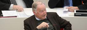 """""""AfD wird als Opposition gebraucht"""": Gauland: Merkels Kurs ist dumm"""
