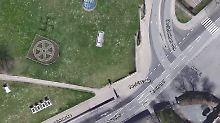 Swastika im Rasen: Großes Hakenkreuz in Erfurter Park entdeckt