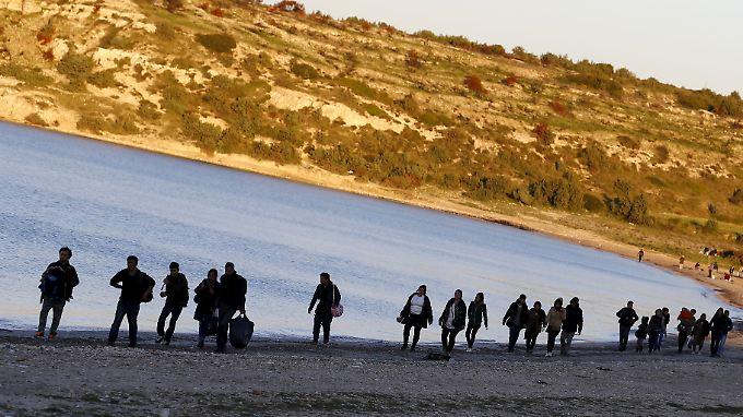 Flüchtlinge an der türkischen Mittelmeerküste (Archivbild).