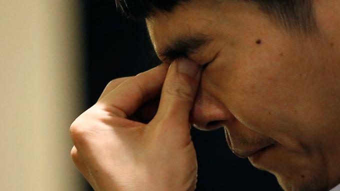 Lee Sedol konzentriert sich vor dem vierten Spiel gegen die Machinge von Google.
