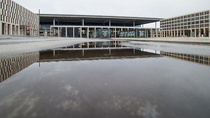 Der Flughafen BER ist die Dauerbaustelle der Hauptstadt.