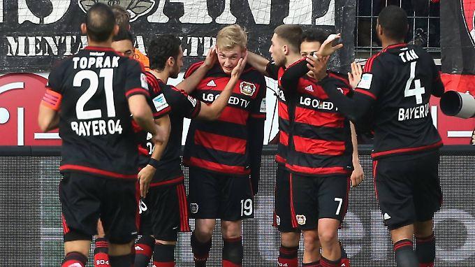 Unfreiwilliger Held des Spiels: Der junge Leverkusener Julian Brandt.