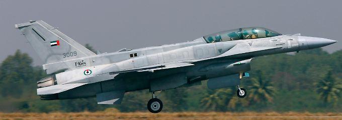 Kampfjet F-16 der Luftstreitkräfte der Vereinigten Arabischen Emirate.