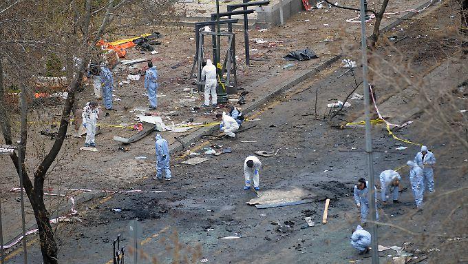 Die Autobombe war an einer Bushaltestelle explodiert.