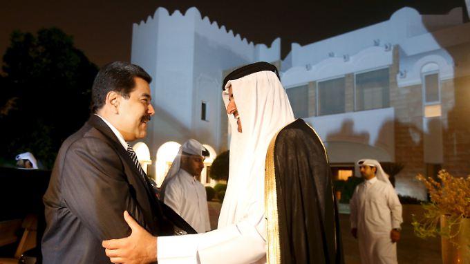 Venezuelas Präsident Nicolas Maduro (l.) und der Emir von Karar, Tamim bin Hamad al-Thani sind sich bereits einig. Hier bei einem Treffen vergangenen September.