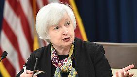 2016 wohl nur zwei Zinsanhebungen: Fed-Chefin Janet Yellen lässt Vorsicht walten