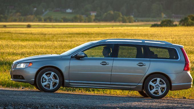 Das kantige Design macht den V70 seit Generationen aus. Bei den neueren Modellen werden die Kanten abgerundet.