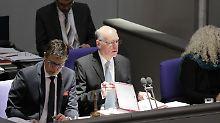 """""""Oft eher eine Belastung"""": Lammert will Immunität abschaffen"""