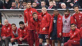 Müller jubelt, Götze guckt in die Röhre.