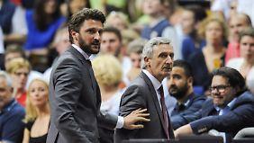 """""""Wir versuchen, an den Sport zu denken"""", sagt Geschäftsführer Marko Pesic (l.)."""