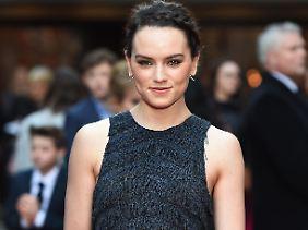 Vielleicht ein kleines bisschen zu süß für die Rolle der Lara Croft: Daisy Ridley.