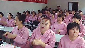 Chinas neue Nannys: Zwei-Kind-Politik stellt Pflegemütter vor neue Herausforderungen
