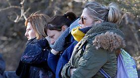Ein Jahr nach dem Germanwings-Absturz: Hinterbliebene aus fast 20 Ländern trauern am Unglücksort